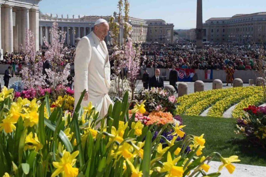 Vier Pasen aan de voet van de Friezenkerk
